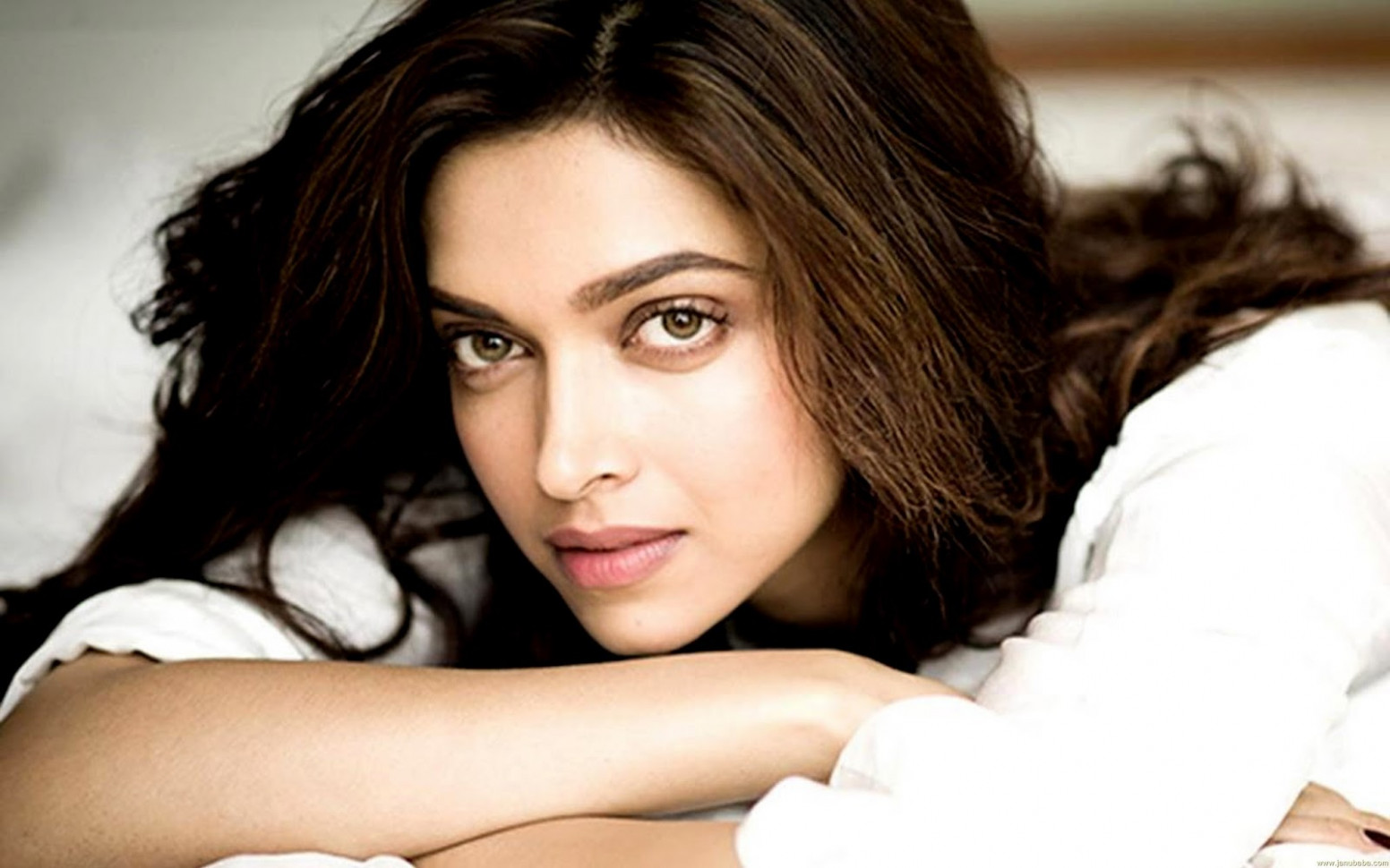 Top 10 Best Deepika Padukone Wallpapers - Download HD ...