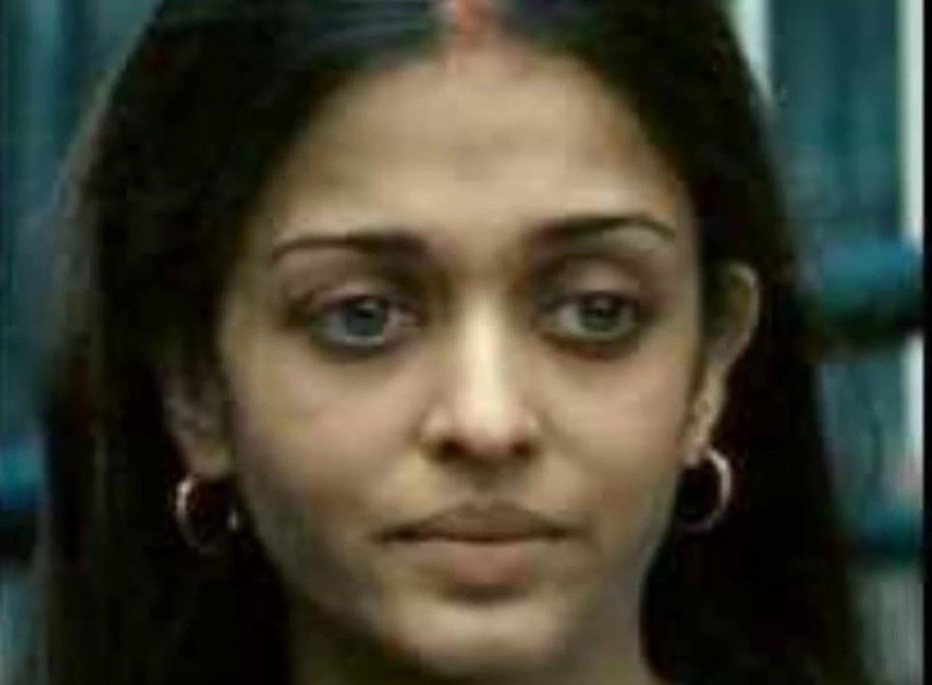 Top Bollywood Actresses Without Makeup Pictures
