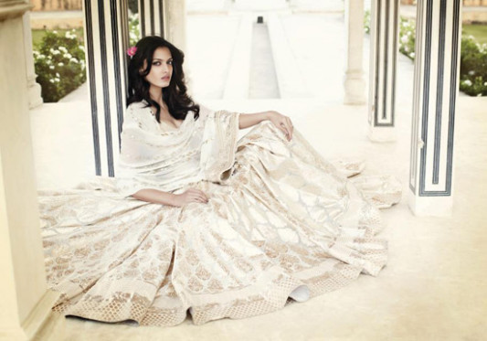 Understated Elegance - A White Indian Wedding Dress ...