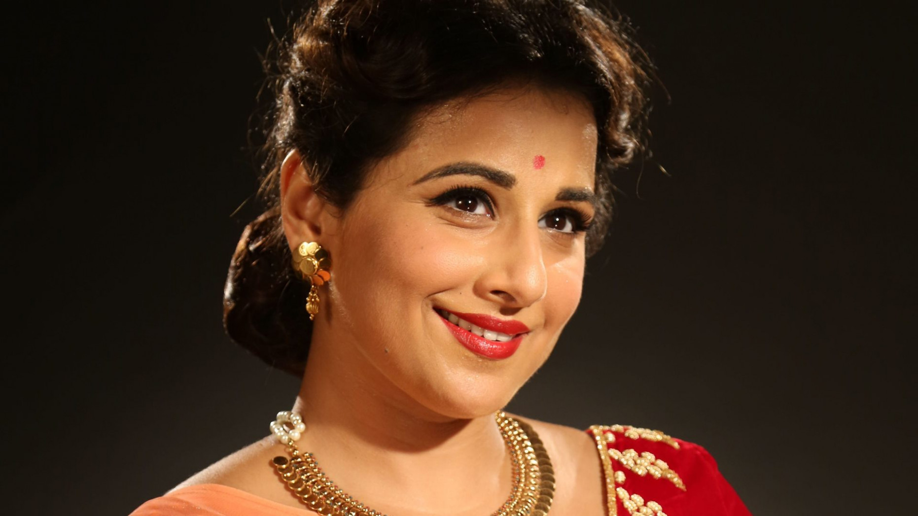 Vidya Balan Bollywood Actress Wallpapers
