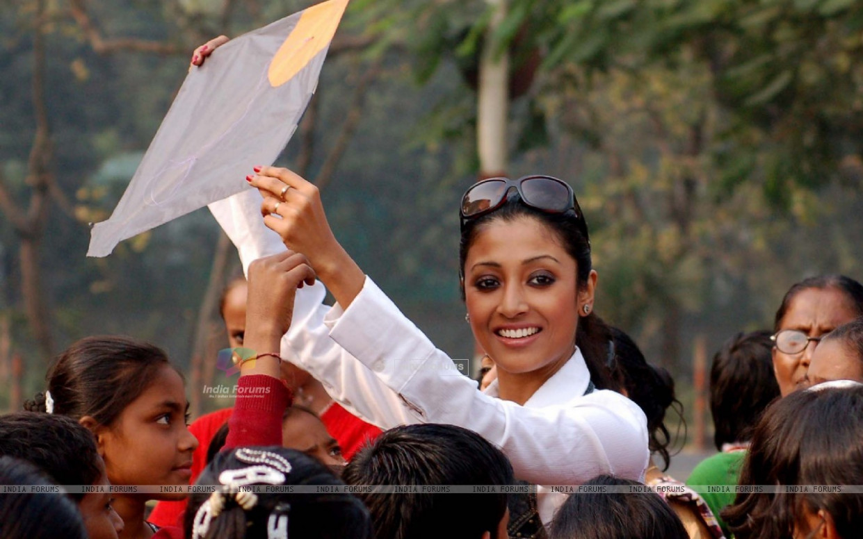 Wallpaper - Kolkata: Tollywood actress Paoli Dam ...