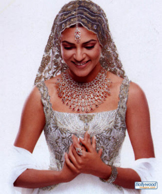 Wallpaper World: Beautiful Bollywood Actresses In Bridal Dress