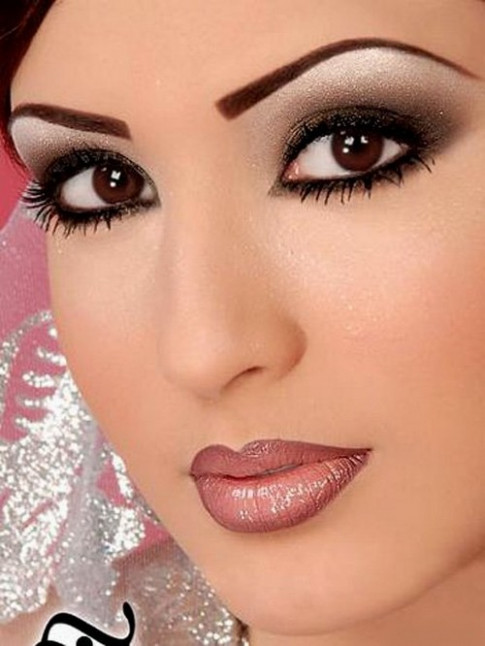 Warlock Wedding Planners: Makeup Tips for Indian Brides