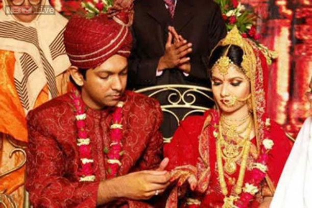 Watch: The idiot's guide to the Indian arranged marriage ...