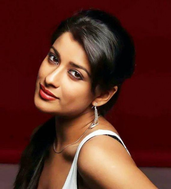 Xboard actor forums: tollywood kollywood actress Madhurima ...