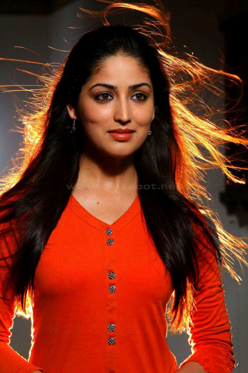 Yami Gautam Hot Photos