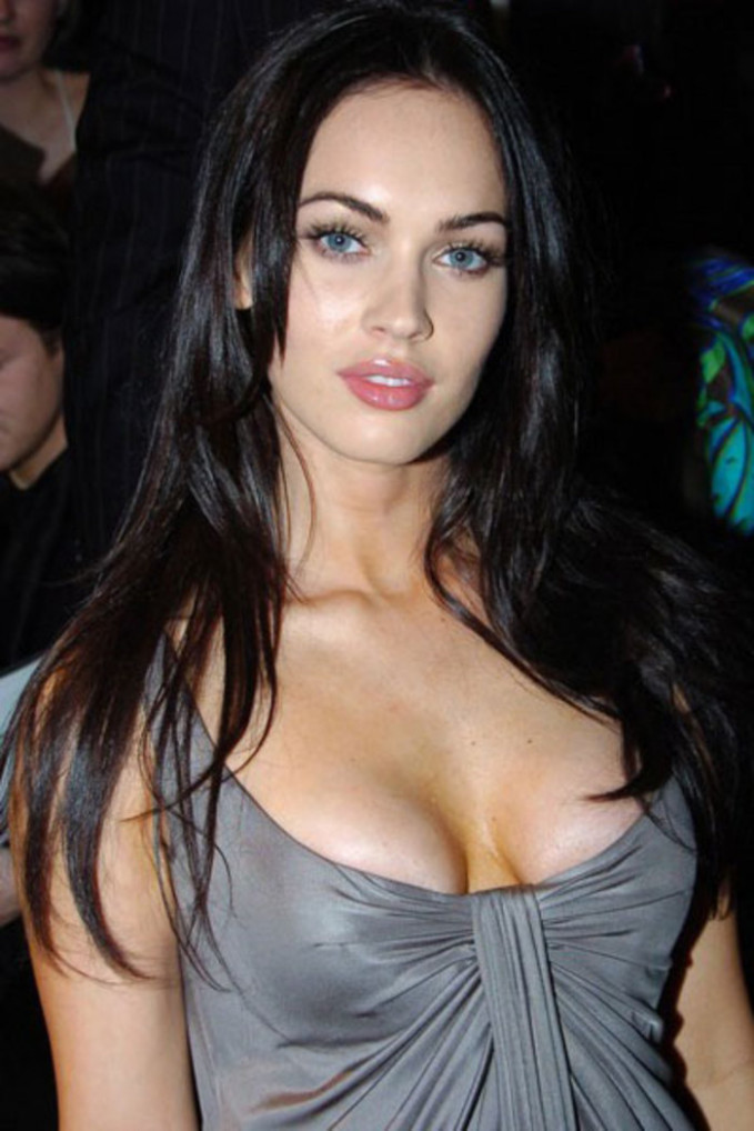 hollywood hot actresses - Indiatimes.com