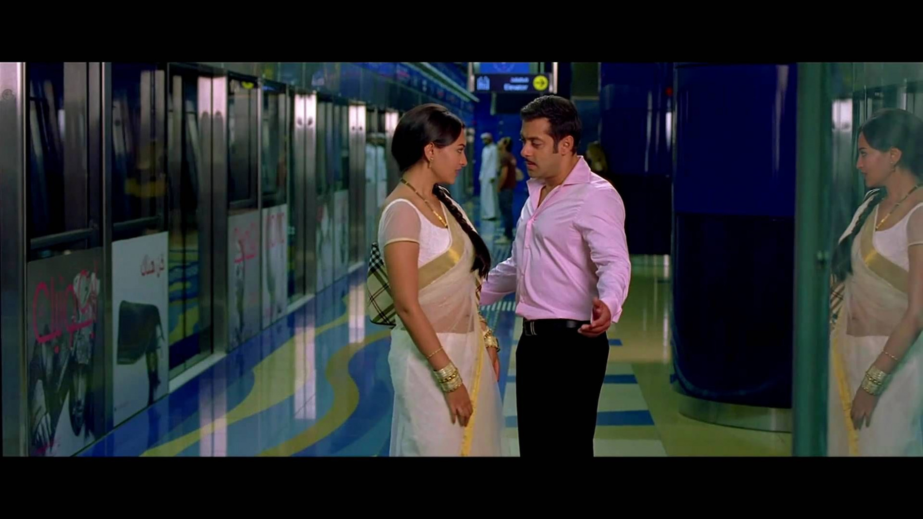 Chori Kiya Re Jiya - Dabangg (1080p HD Song), via YouTube ...