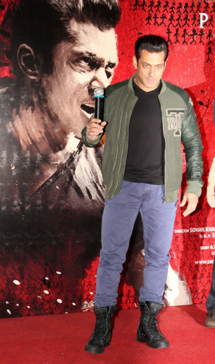 Salman Khan at Indian-Bollywood Movie Jai Ho First Look ...