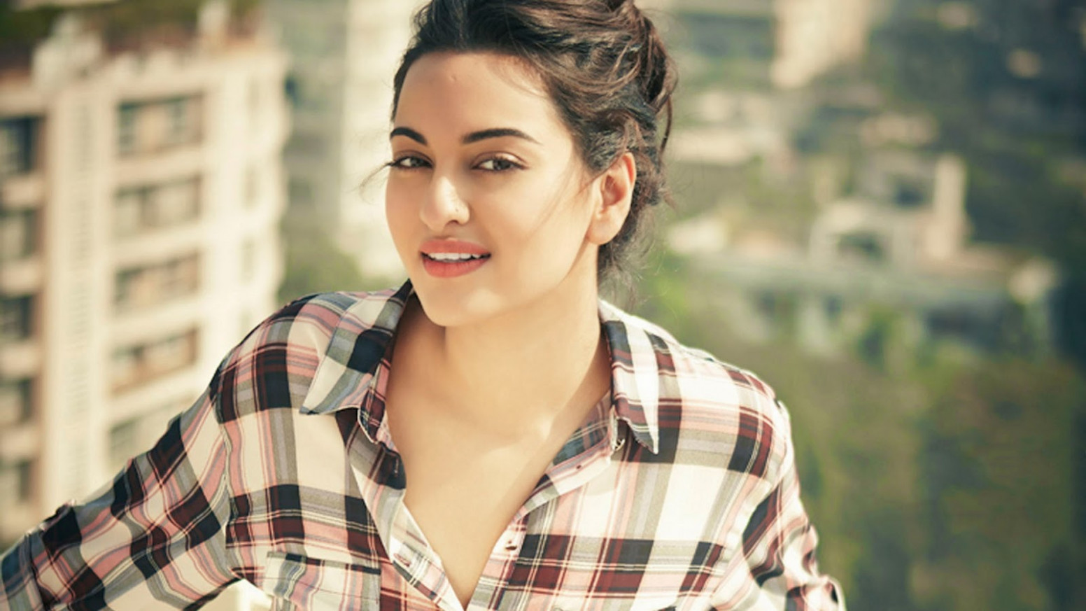 Upcoming Movies Of Sonakshi Sinha 2017-2018 With Release ...