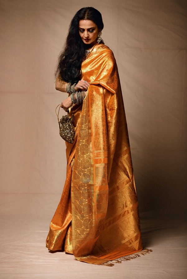 10 Reasons Why Indian Men Love Women In A Saree Than