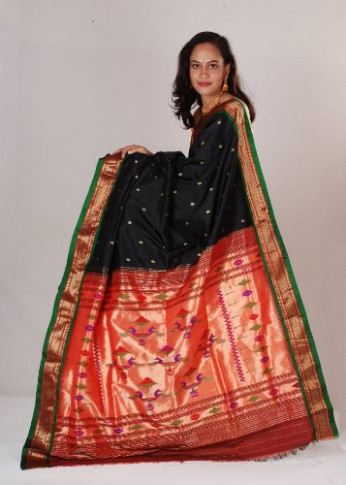 18 Traditional Nauvari Sarees Collection With Images