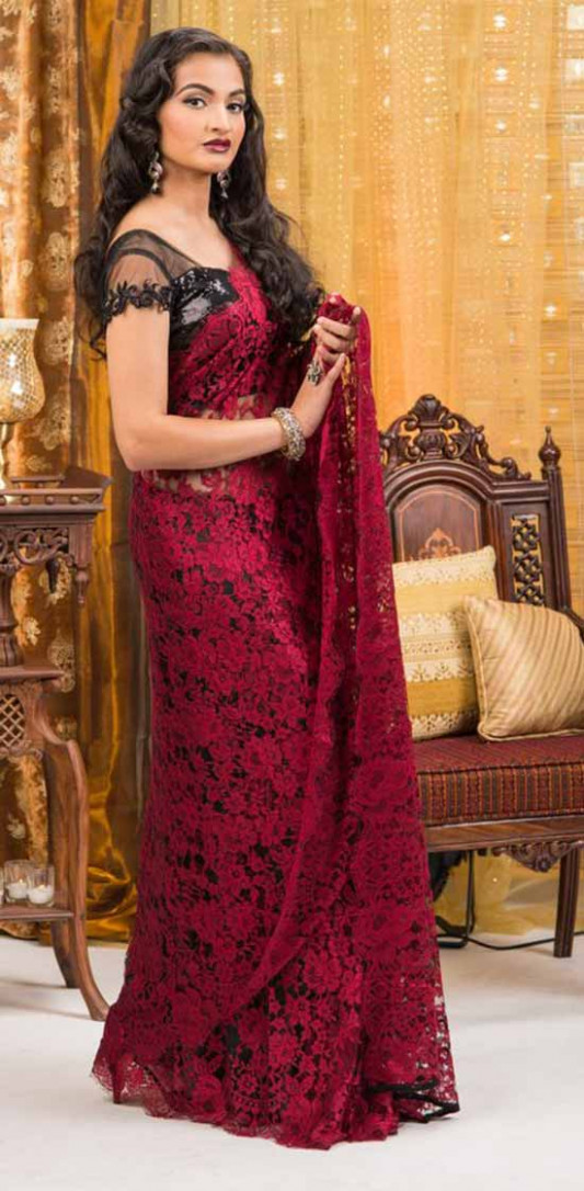 20 Different Look Gorgeous In Your Chantilly Lace Saree - lace saree blouse
