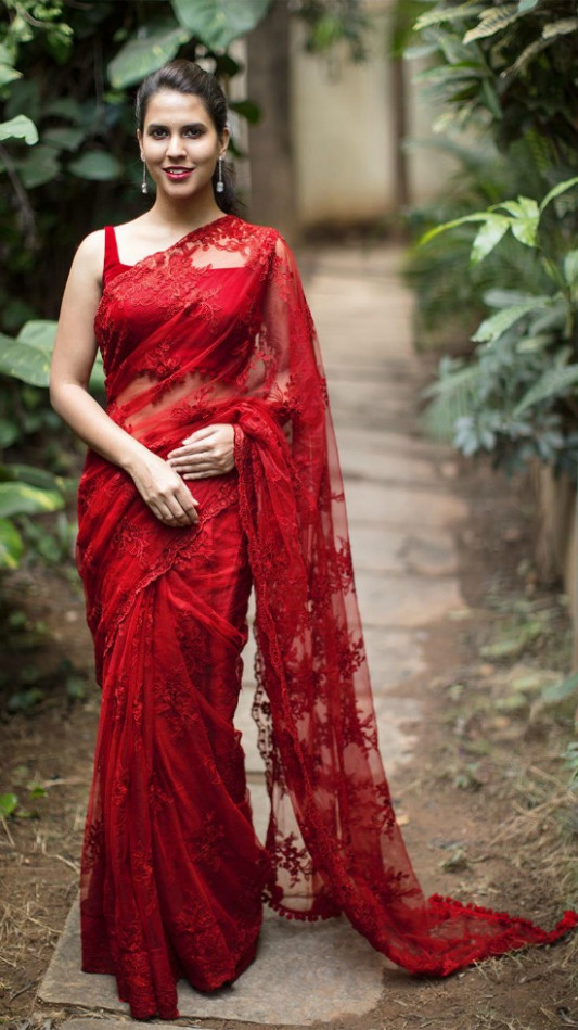 20 Gorgeous Pics of Red Saree Blouse Designs
