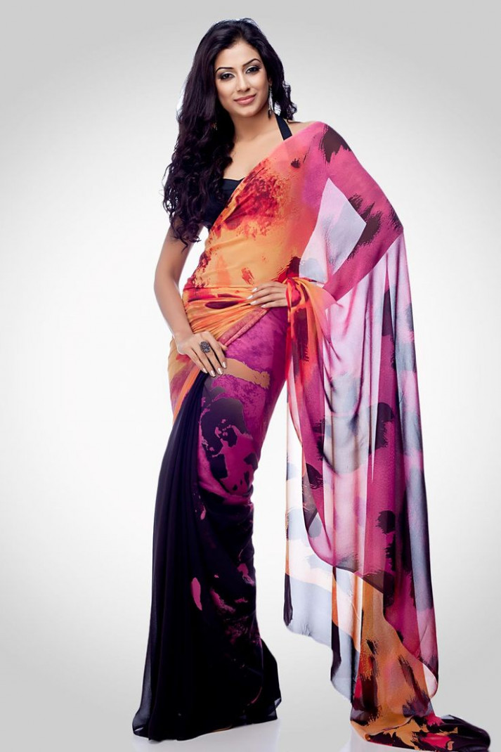 301 best Women in Saree images on Pinterest  India