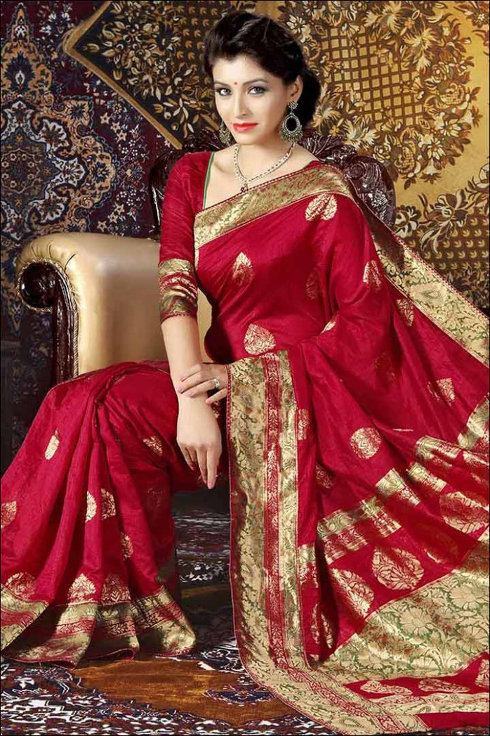 50 Latest Bridal Sarees For The Most Special Occasion