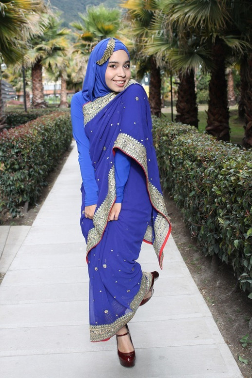 8 Best Saree Styles for Muslims-Stylish Hijab with Saree Ideas