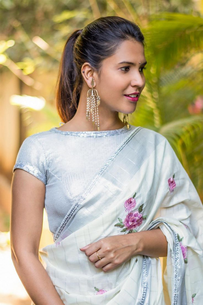 860 best images about BLOUSE-SAREES on Pinterest