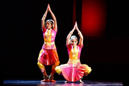 A Night of Moves: The Fusion of Traditional Indian Dance