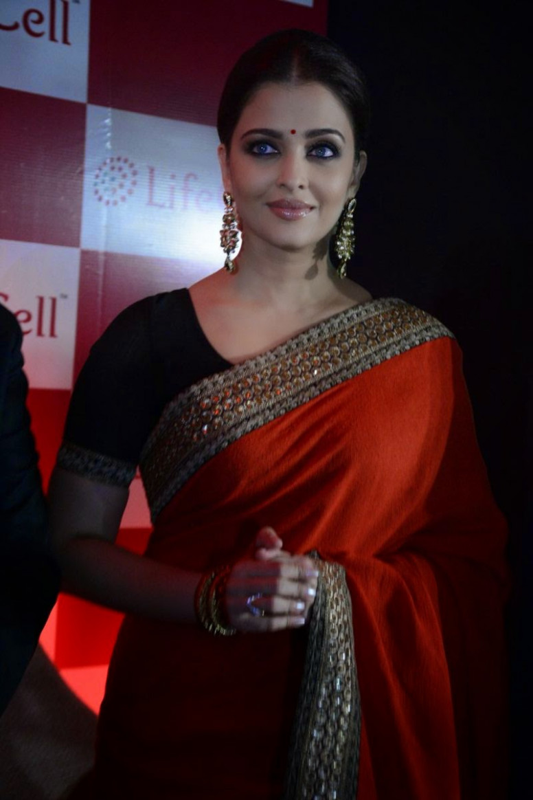 Aishwarya Rai in Red Saree at LifeCell Launch  Stylish
