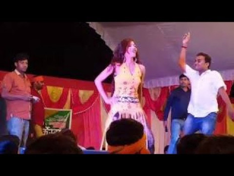 Beautiful Dance on 90s bollywood song  Latest arkestra