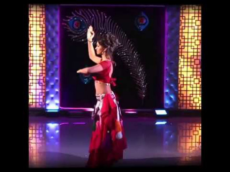 Belly Dance Performance by Indian girl.. It's just Amazing