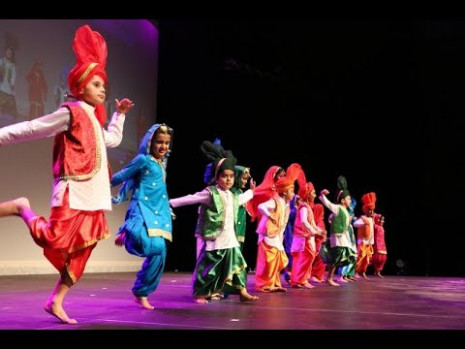 Bhangra Kids 2017 - YouTube