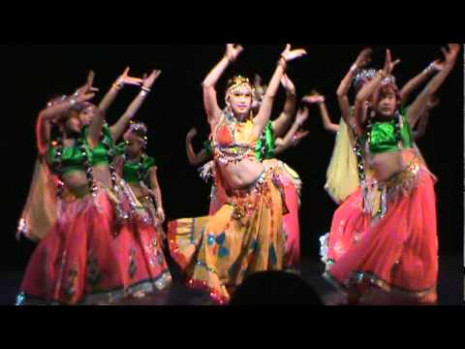 Bollywood Dance (Rainbow) - YouTube