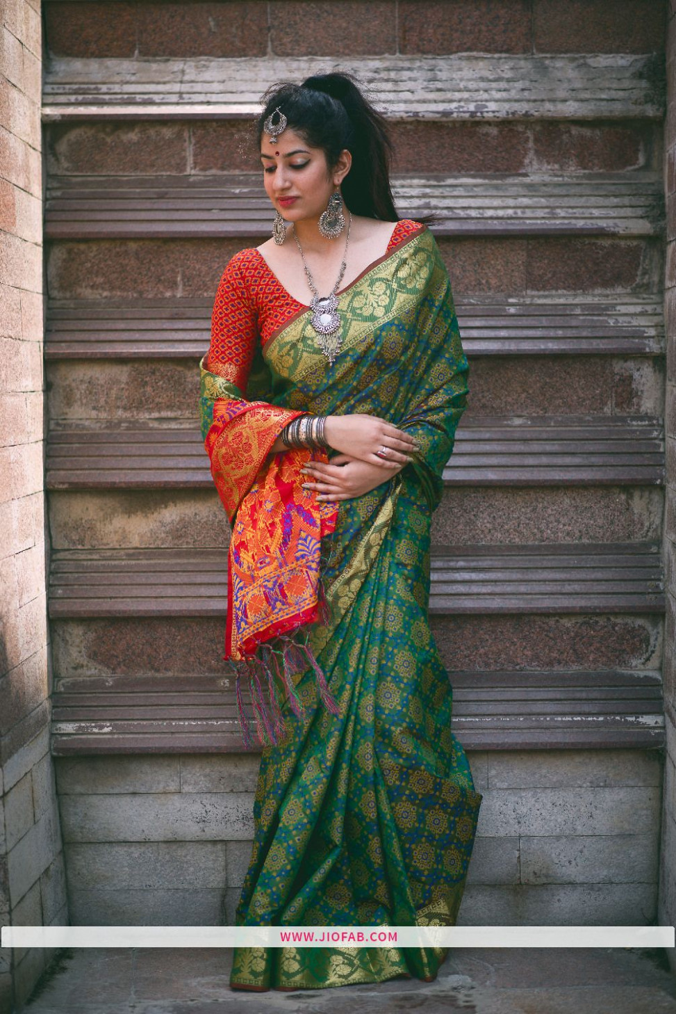Buy Heavy Look Green Patola Silk Saree With Best Price In