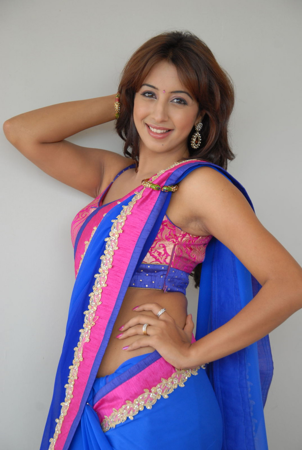 Celeb Saree ..: Sanjana Hot Sexy Navel Bare Back Show in