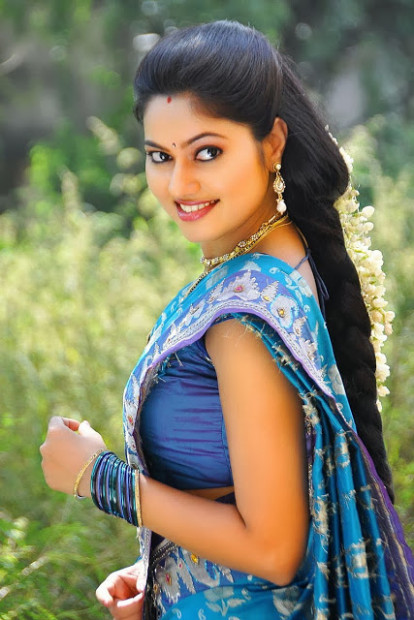 CUTE SOUTH INDIAN ACTRESS SUHASHINI IN BLUE SAREE LATEST