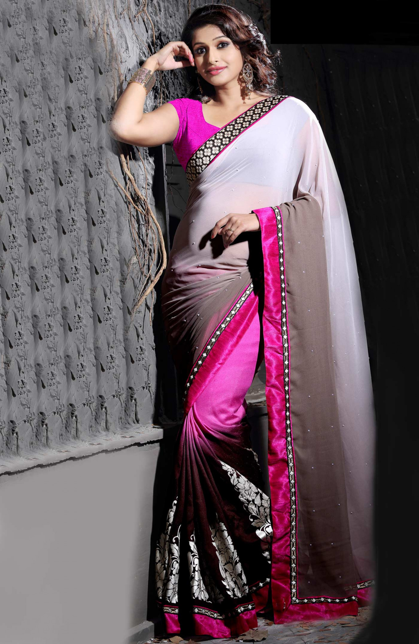 Designer fashionable sarees for the modern woman « Buy