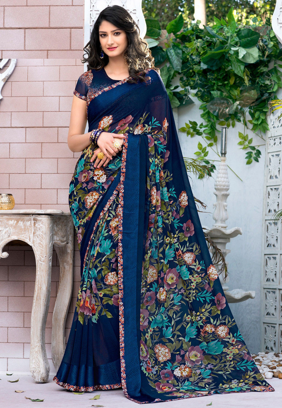 Digital Printed Georgette Saree in Royal Blue : SSF4527