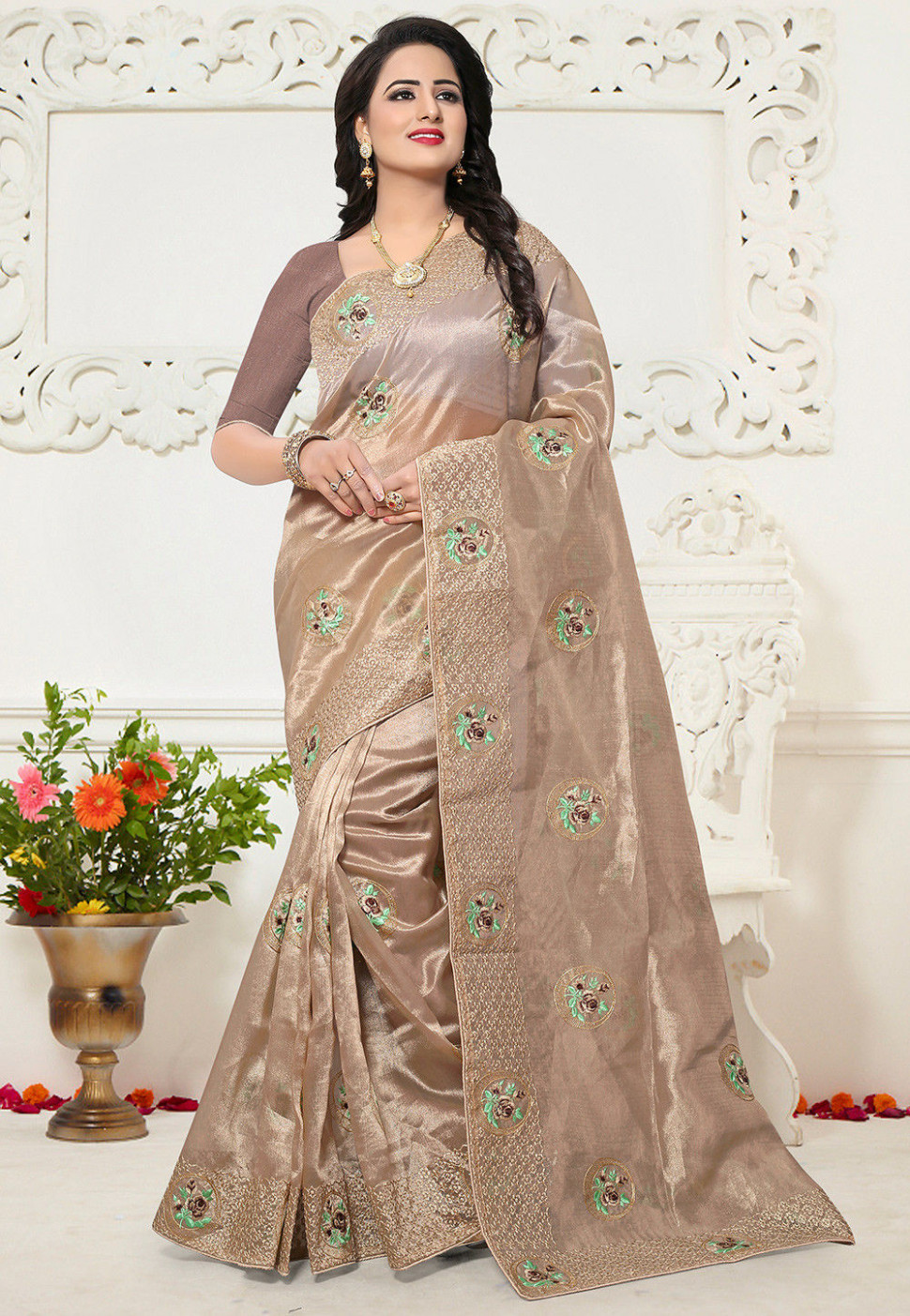 Embroidered Organza Saree in Light Beige : SPFA3351