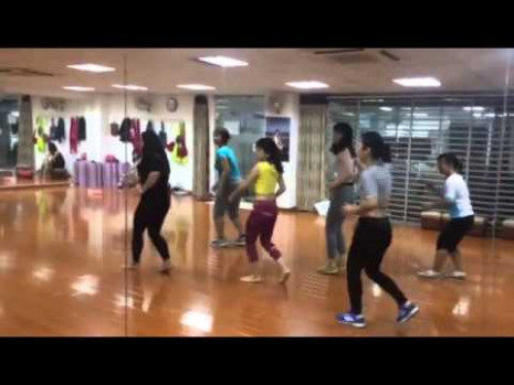 Engine Ki Seeti Bollywood dance steps - YouTube