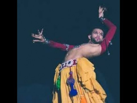 Eshan Hilal : An Indian Male Belly Dancer/The world of