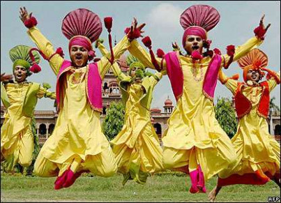 Famous Folk Dances of North India