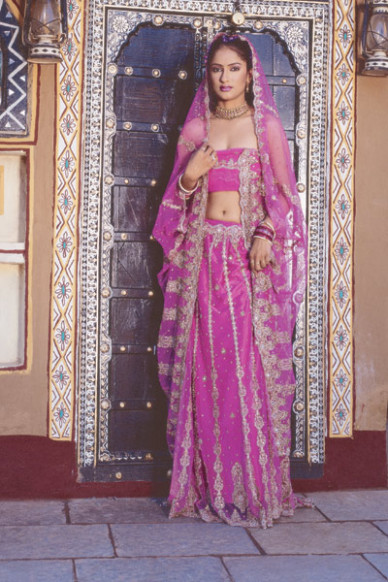 Fashion Style: Wedding Lehengas Utsav Sarees