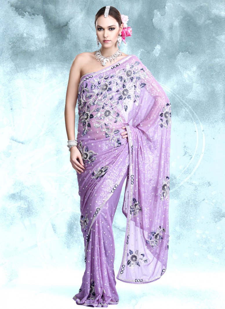 Fashion time: Lavender saree