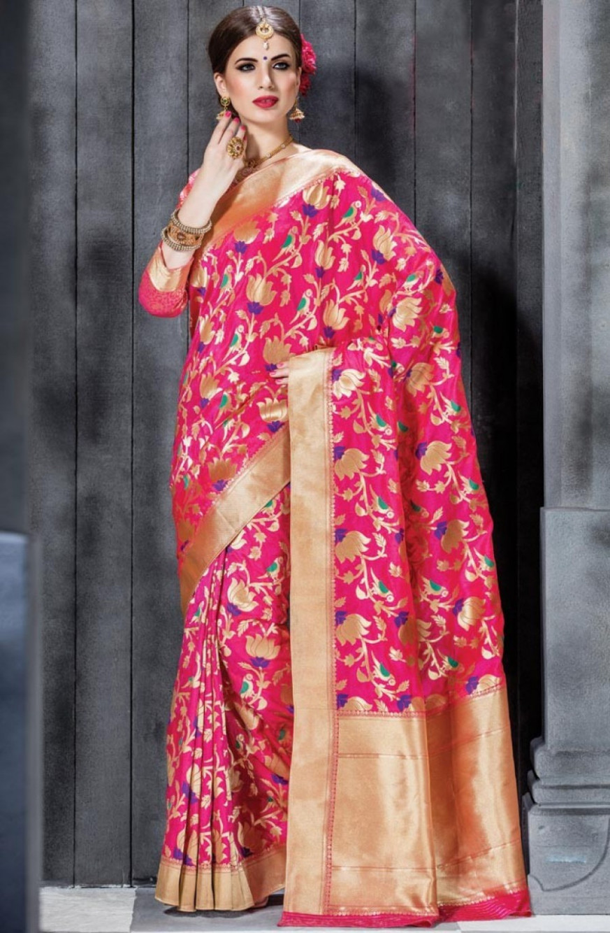 Grab Online Megenta Banarasi Silk Saree With Blouse  548573