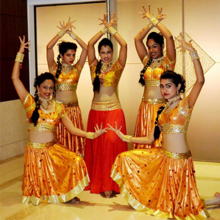 Hire Bollywood Dancers  Bollywood Show Dubai  Book Dance