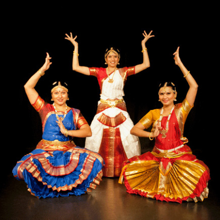 Hire Bollywood Dancers Zurich  Indian Folk Dancers Zurich