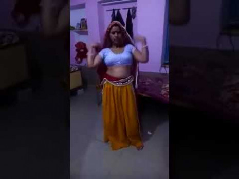 Hot Indian Bhabhi Dance In Home new latest 2017 // - YouTube