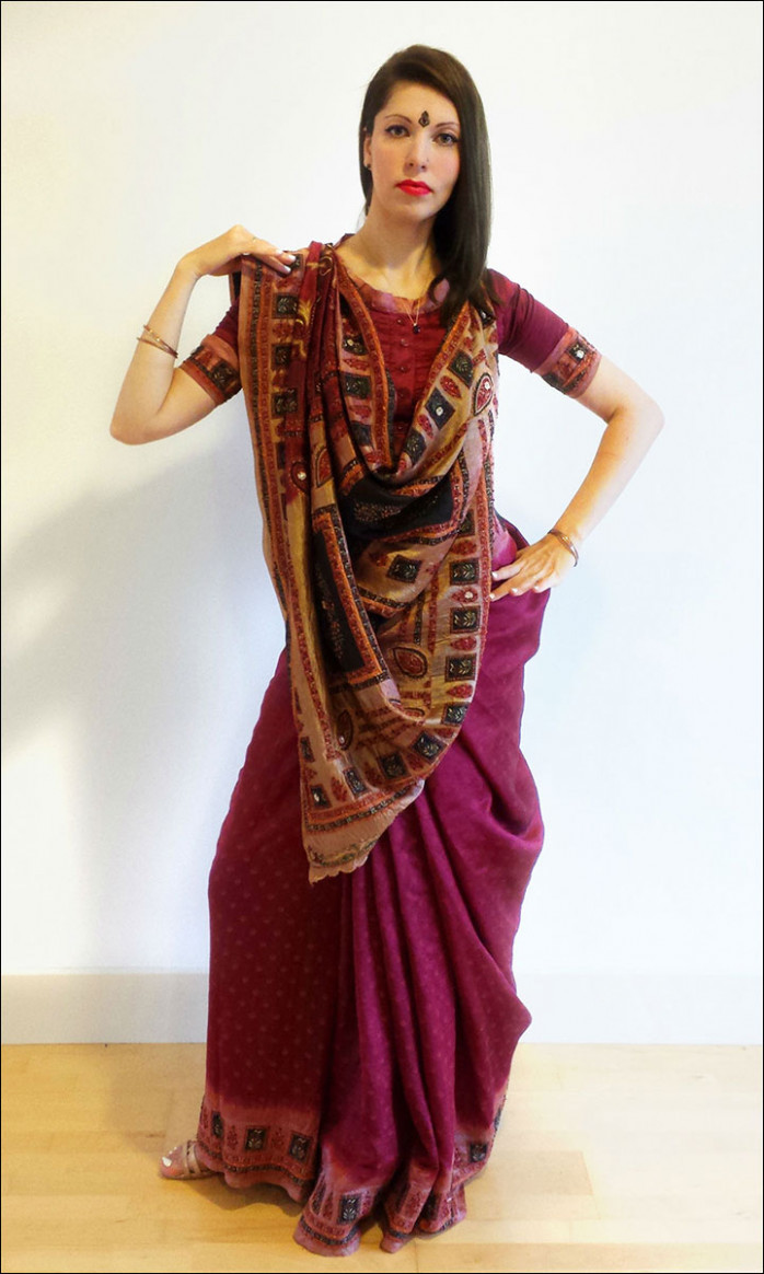 How To Wear A Gujarati Saree In 6 Easy Steps - how to wear saree