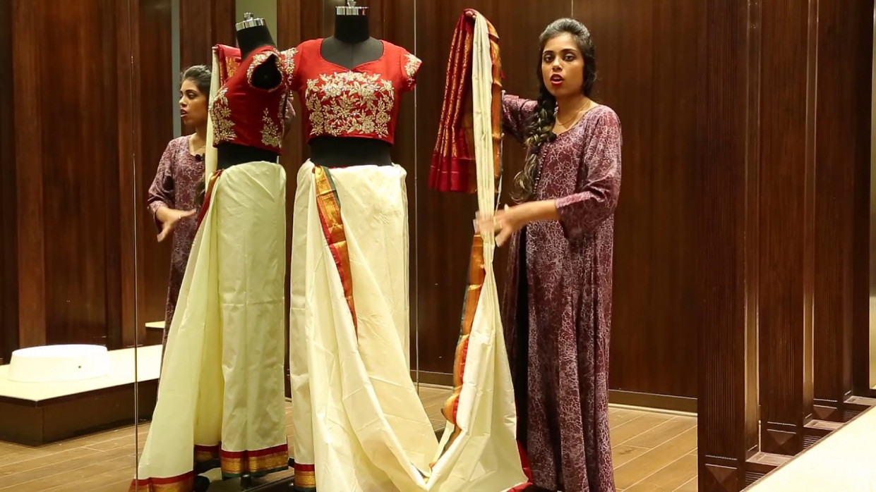 How to Wear a Saree in Bengali Style - Saree Draping - YouTube
