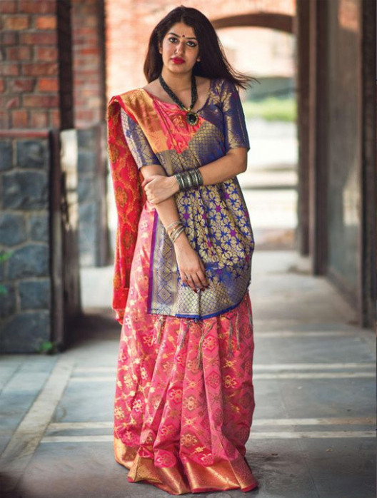 How To Wear a Saree Perfectly - Saree Draping Style