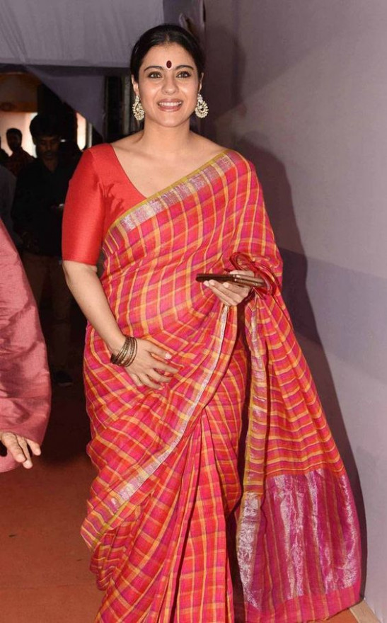 How to Wear Saree for Plus Size–16 Saree Tips for Curvy Ladies