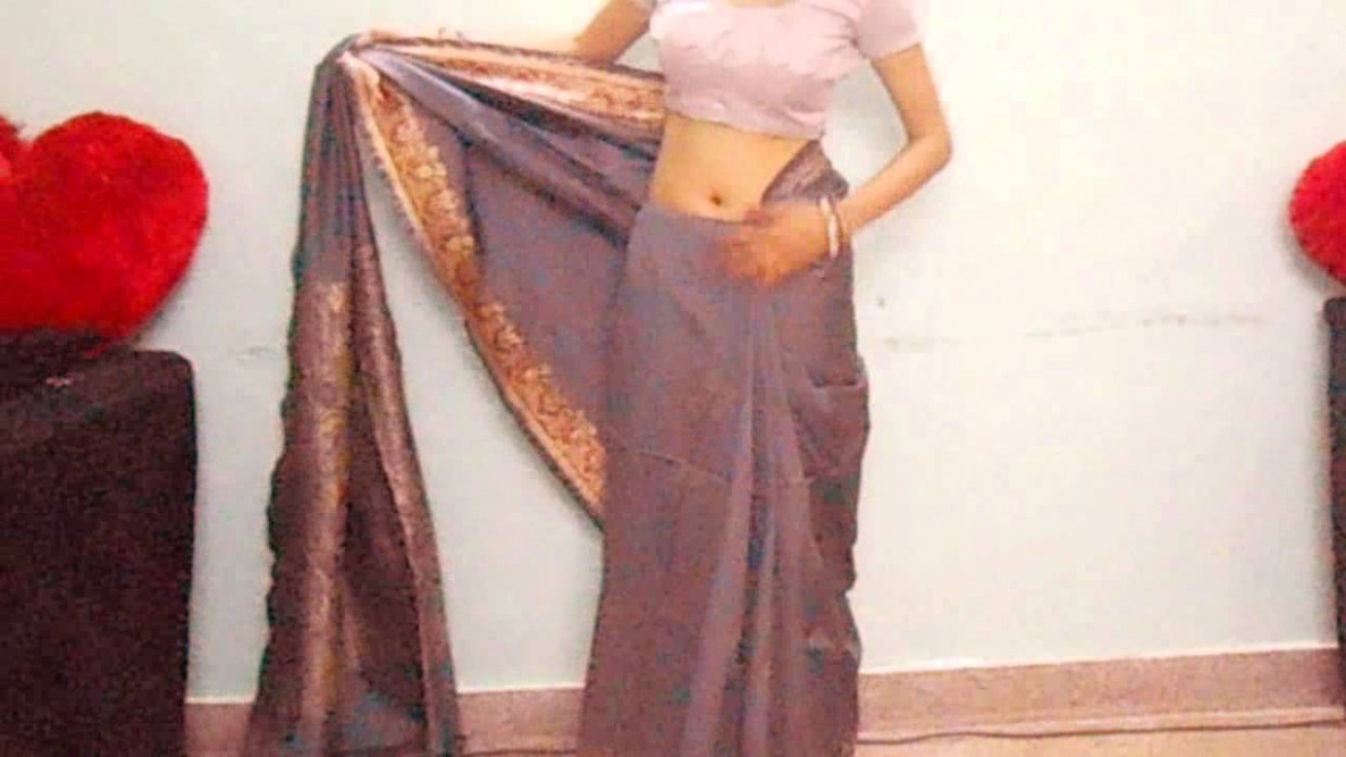How To Wear Silk Saree Perfectly-How To Drape Indian Silk  - how to wrap a saree