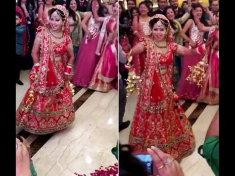 India Bride Dance Performance in her Marriage - YouTube