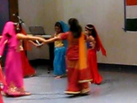 Indian Kids dance at Boston children musium - YouTube
